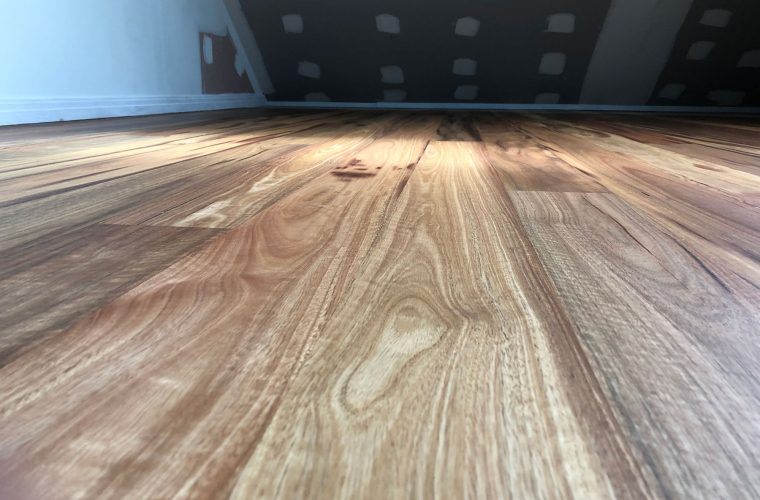 Sydney-Blue-Gum-Timber-Floor-Surface